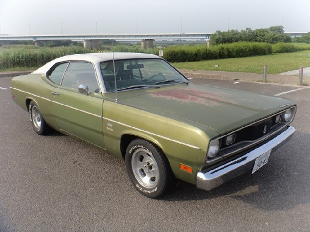 PLYMOUTH DUSTERのサムネイル
