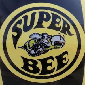 DODGE SUPER BEEのサムネイル