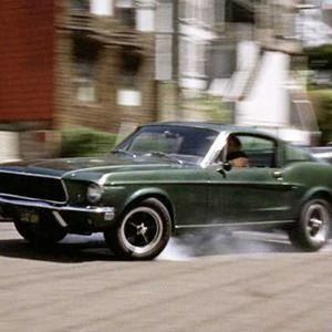 MUSTANG FASTBACKのサムネイル
